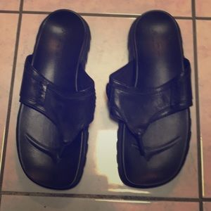 Black leather men's sandals